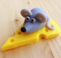 Силиконовая форма Мышь на сыре © 1 шт - Все для мыла ручной работы - интернет-магазин Blesk-ekb.ru, Екатеринбург