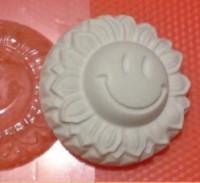 Пластиковая форма Смайлик-Солнышко 1 шт - Все для мыла ручной работы - интернет-магазин Blesk-ekb.ru, Екатеринбург