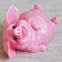 Силиконовая форма Довольная свинка на боку 1 шт - Все для мыла ручной работы - интернет-магазин Blesk-ekb.ru, Екатеринбург