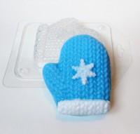 Пластиковая форма Варежка со снежинкой  1 шт - Все для мыла ручной работы - интернет-магазин Blesk-ekb.ru, Екатеринбург