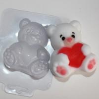 Пластиковая форма Мишка с сердцем 1 шт - Все для мыла ручной работы - интернет-магазин Blesk-ekb.ru, Екатеринбург