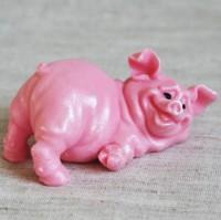 Силиконовая форма Довольная свинка лежит 1 шт - Все для мыла ручной работы - интернет-магазин Blesk-ekb.ru, Екатеринбург